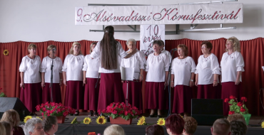 Tizedik születésnapját ünnepelte az Alsóvadászi Harmónia Községi Vegyes Kar